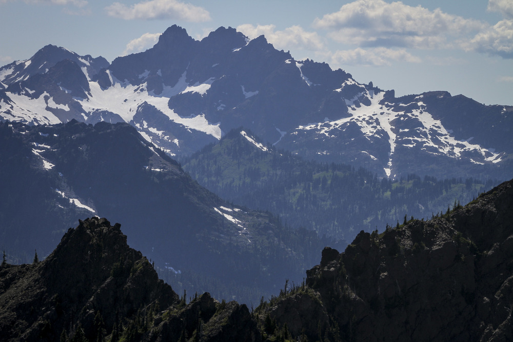 Alex and I set out at 5:00am to the Olympic Peninsula in order to climb the 6000 vertical and 18 miles roundtrip that was required to summit the Brothers, which are two of the Olympic peaks visible from Seattle.
