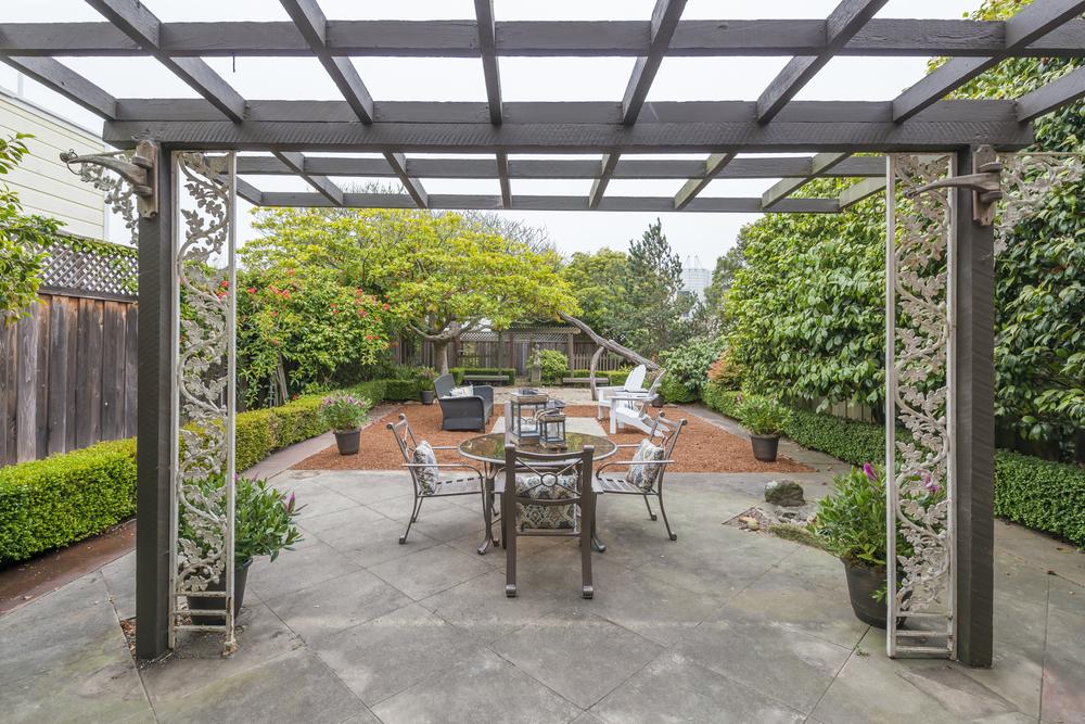 patio-2 (1).jpg