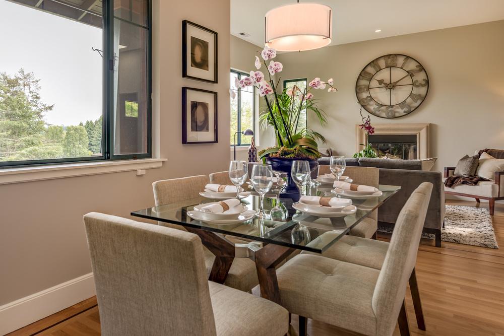 dining room05.jpg