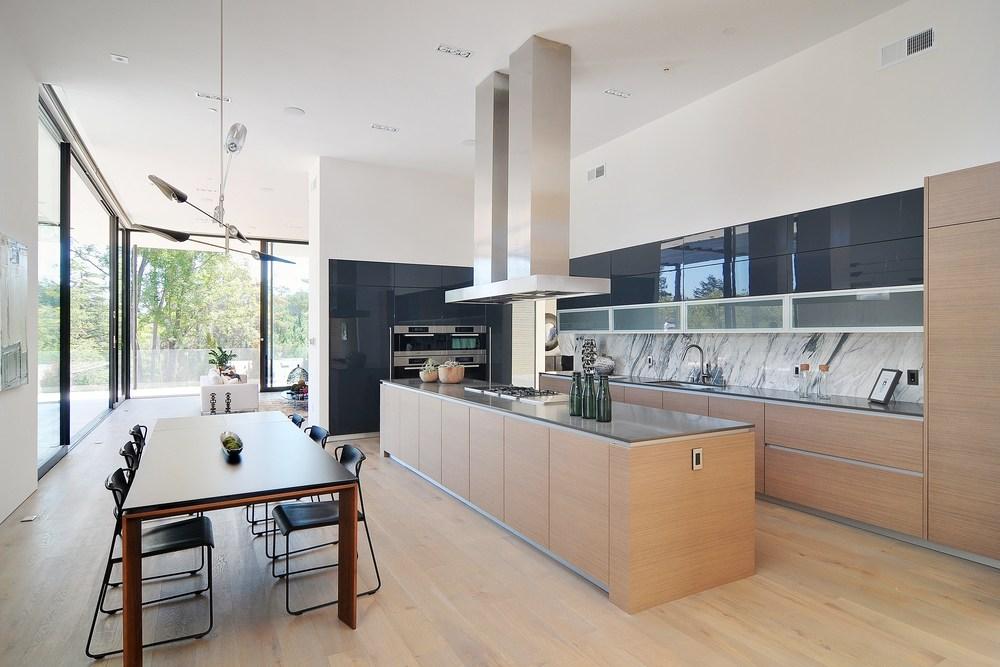 005_Kitchen (1).jpg