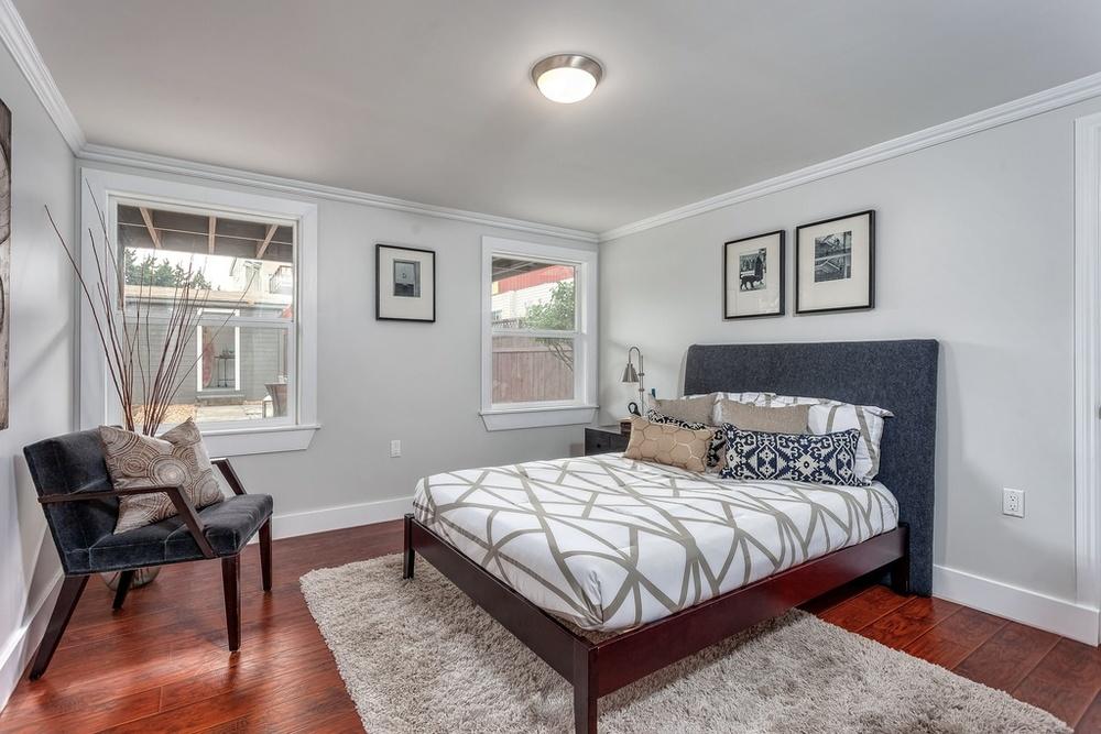 Guest Bedroom 001.jpg