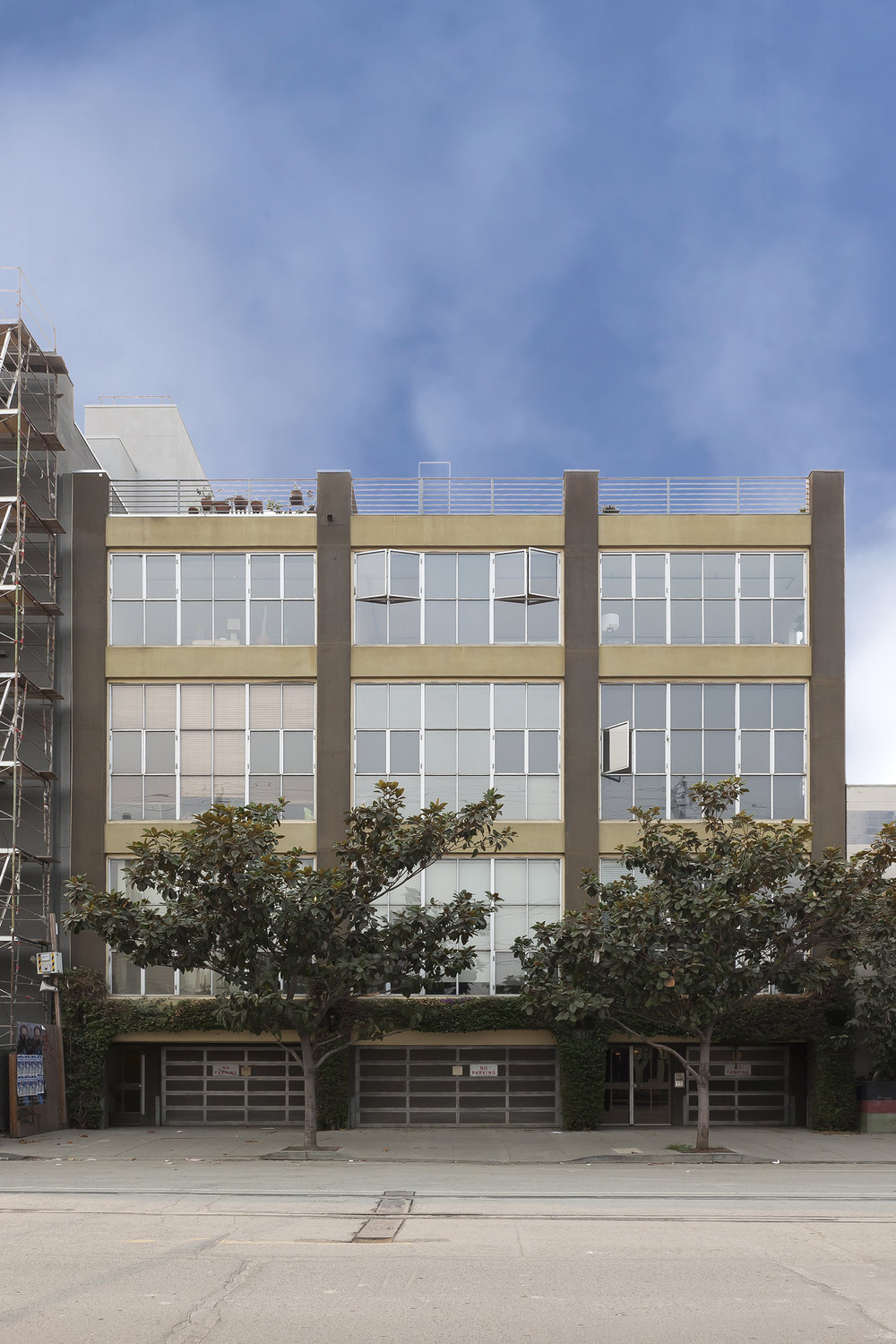 610 ILLINOIS STREET # 301   |   SAN FRANCISCO