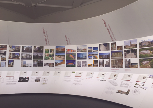 01 2016: Gare TGV Porta Susa exposée à la Triennale di Milano