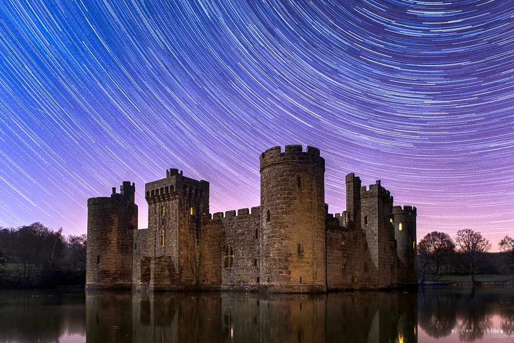 Bodiam Castle (130x 30 second exposures) - additional light painting with a torch on the castle