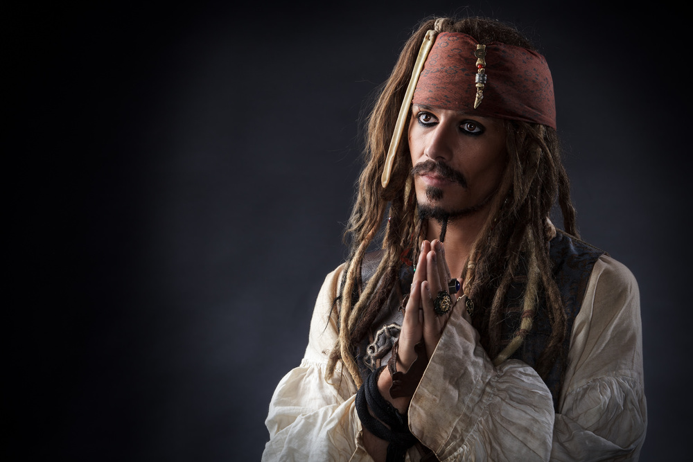 Jack Sparrow praying