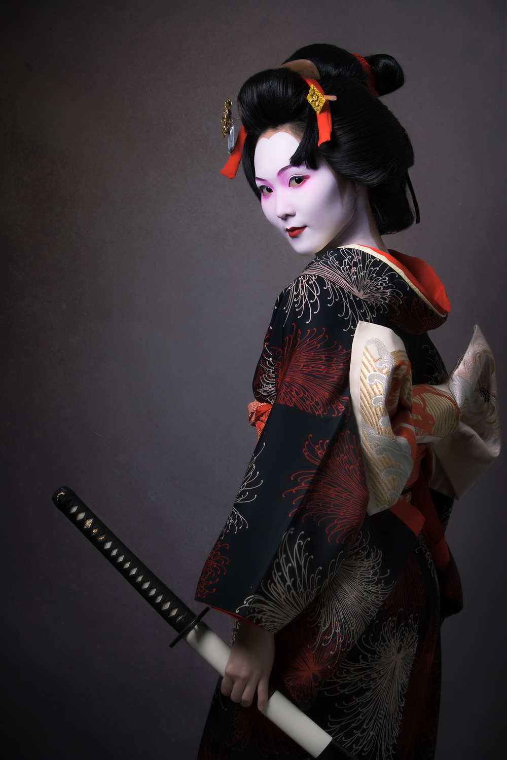 A beautiful geisha with a bbc mh 4