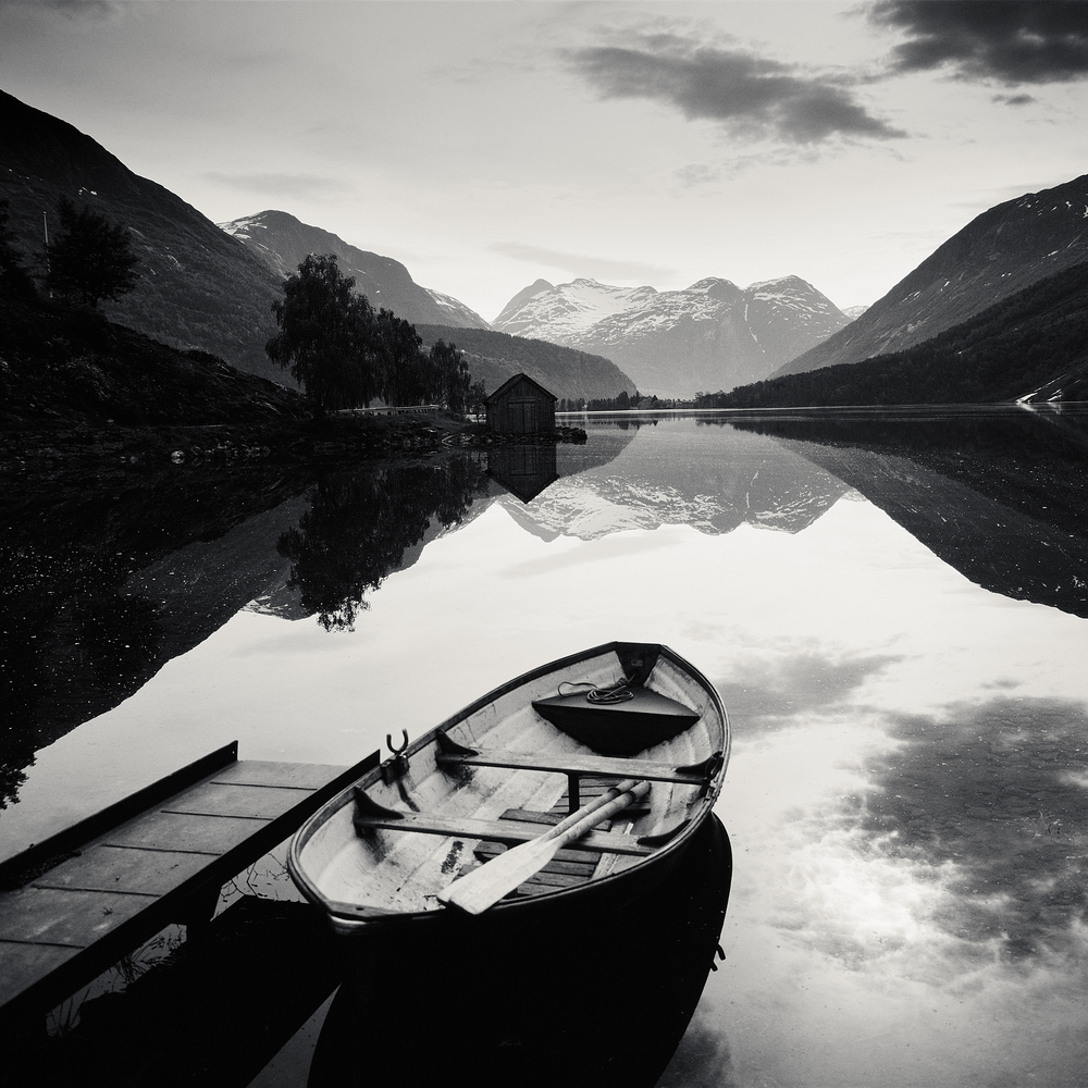 © Josef Hoflehner - Retrospective 1975-2015, to be published by teNeues in September 2015, www.teneues.com. Boat, Norway, 1979, Photo © 2015 Josef Hoflehner. All rights reserved.