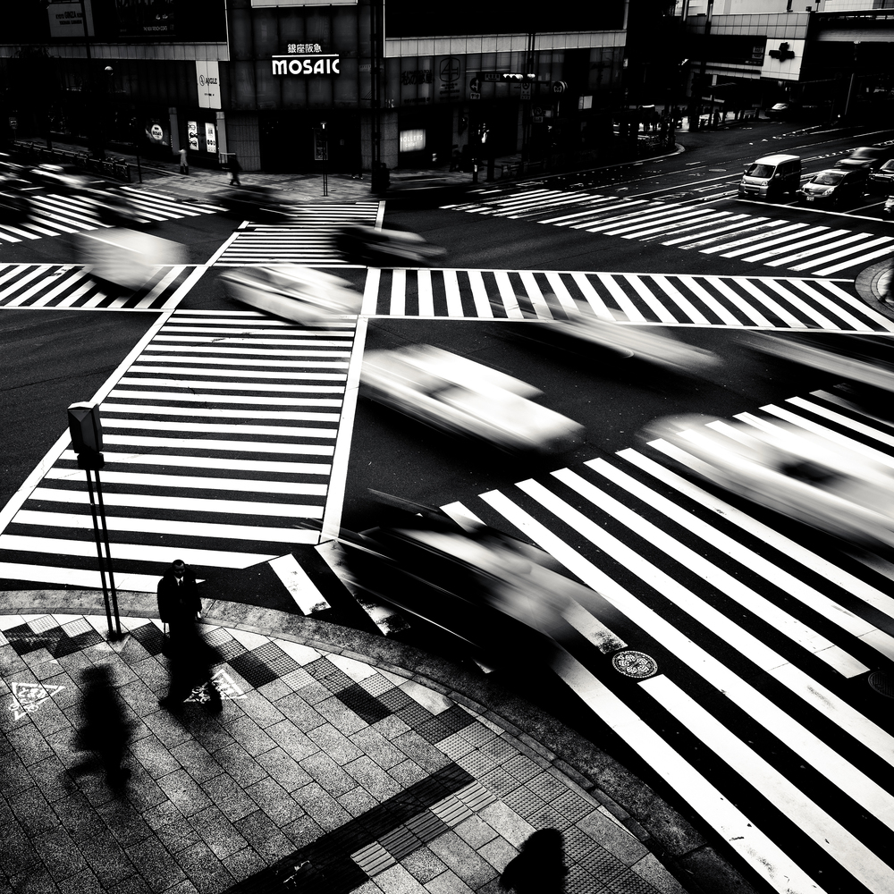 © Josef Hoflehner - Retrospective 1975-2015, to be published by teNeues in September 2015, www.teneues.com. Ginza, Tokyo, Japan, 2009, Photo © 2015 Josef Hoflehner. All rights reserved.