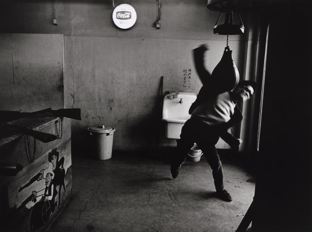 Shomei Tomatsu Takuma Nakahira, Shinjuku, Tokyo, 1964 Collection of the Art Institute of Chicago © Shomei Tomatsu/Taka Ishii Gallery