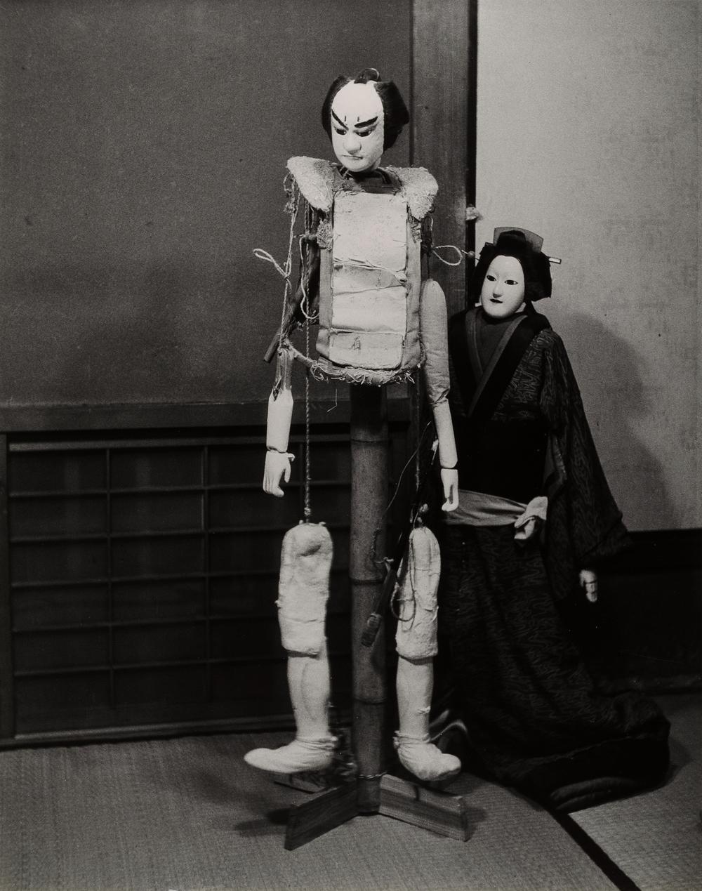 Irie Taikichi, Aus der Folge Bunraku Theater, Osaka, 1941, Silbergelatineabzug, 49,6 x 39,2 cm, © Irie Taikichi Memorial Museum