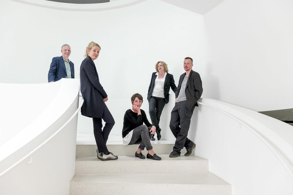 Jury v.l.n.r Chris Boot, Karin Rehn-Kaufmann, Lorenza Bravetta, Christine Ollier, JH Engström ©Leica Camera AG