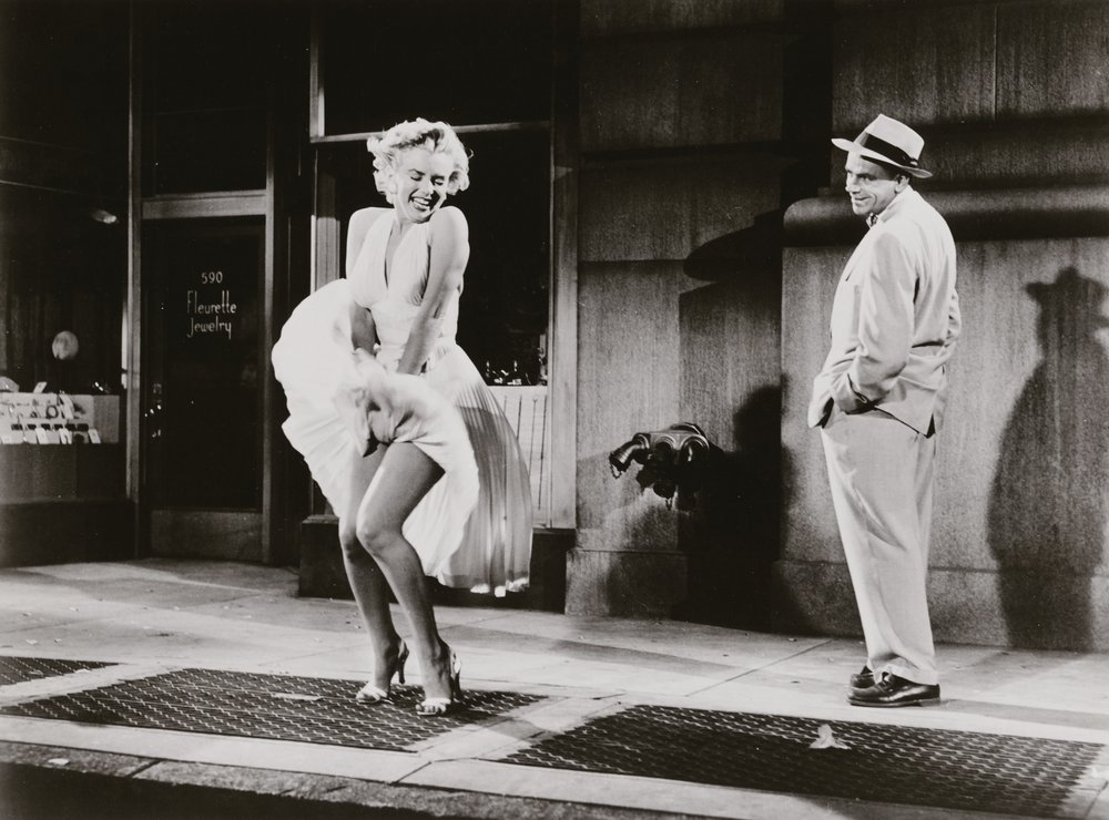 Marilyn Monroe und Tom Ewell in Das verflixte siebente Jahr, Regie: Billy Wilder, 1954 C. Sam Shaw Inc.- licensed by Shaw Family Archives, Privatsammlung