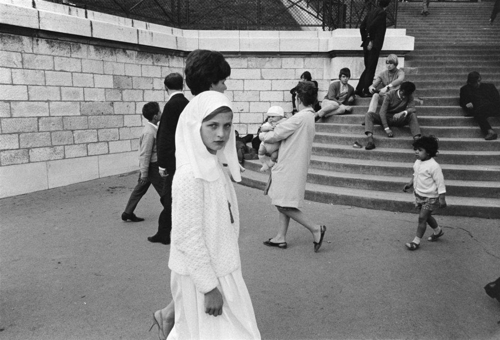 © Joel Meyerowitz_Paris, France, 1967_02