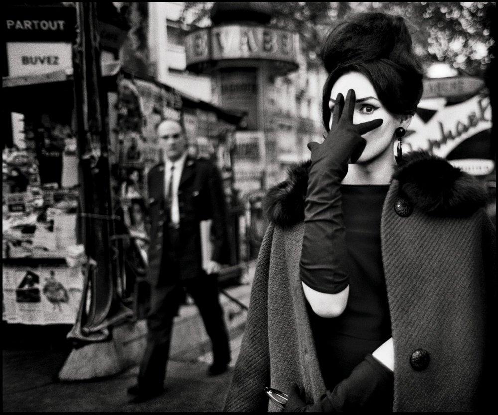 Christer Strömholm Nana, Place Blanche, Paris 1961 © Christer Strömholm