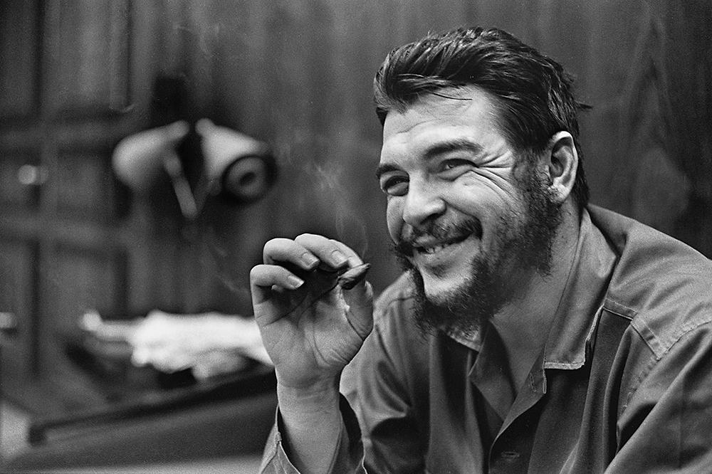 Che Guevara, Havana, 1964 Photo © 2017 Elliott Erwitt/Magnum Photos. All rights reserved.