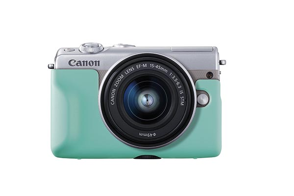 EOS M100_Gray_Front_LightBlue_Jacket_EF-M_15-45mm_IS_STM.jpg