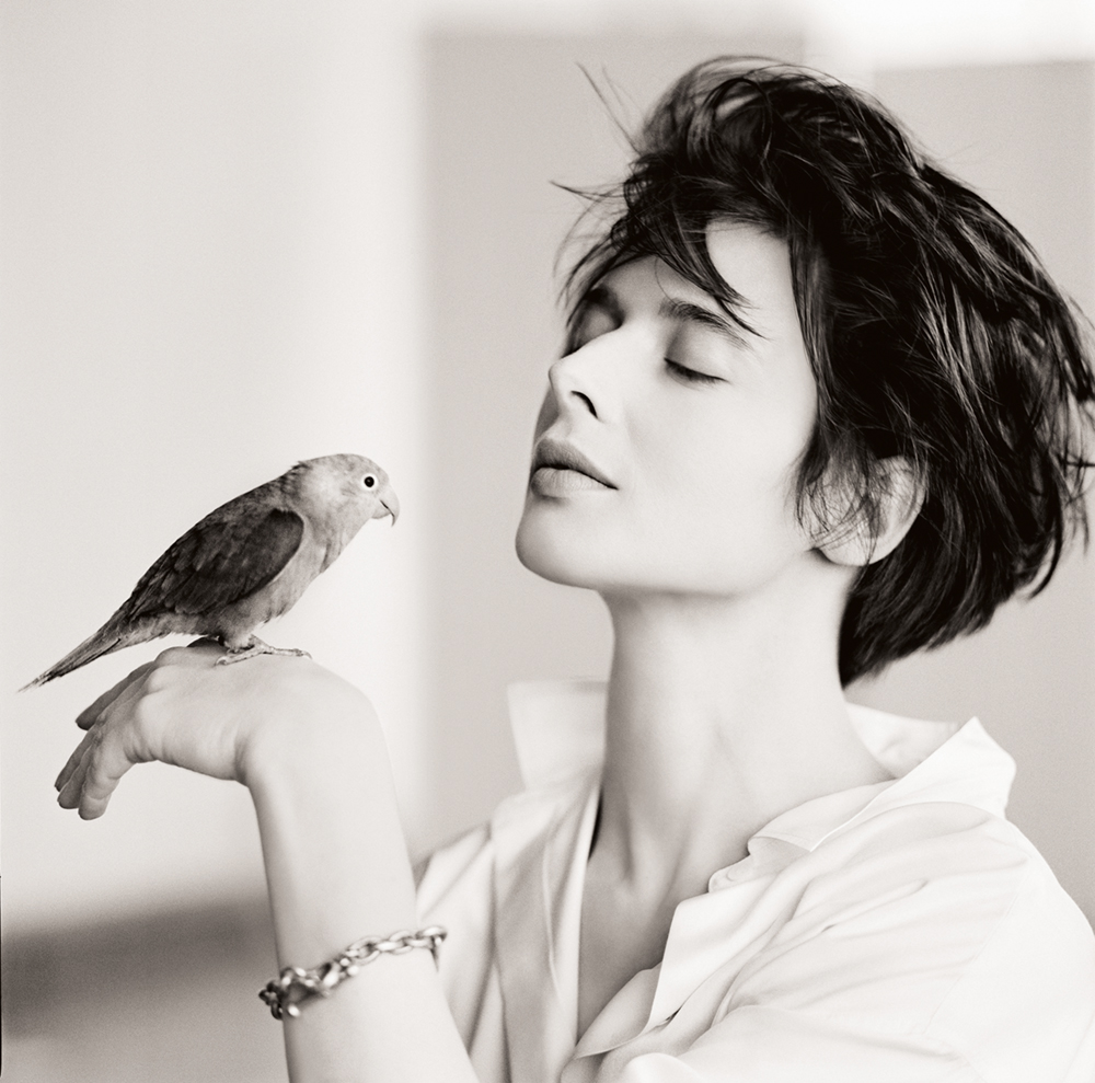 Isabella Rossellini, Bird, New York, 1988  Photo © 2017 Matthew Rolston Creative, Inc. All rights reserved.  www.hollywoodroyale.com