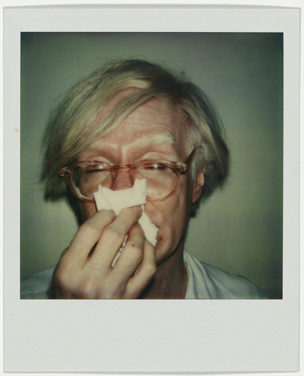 Andy Warhol Andy Sneezing 1978   Polaroid SX-70   © The Andy Warhol Foundation for the Visual Arts Inc. / VBK Wien 2017, Courtesy Fotosammlung OstLicht