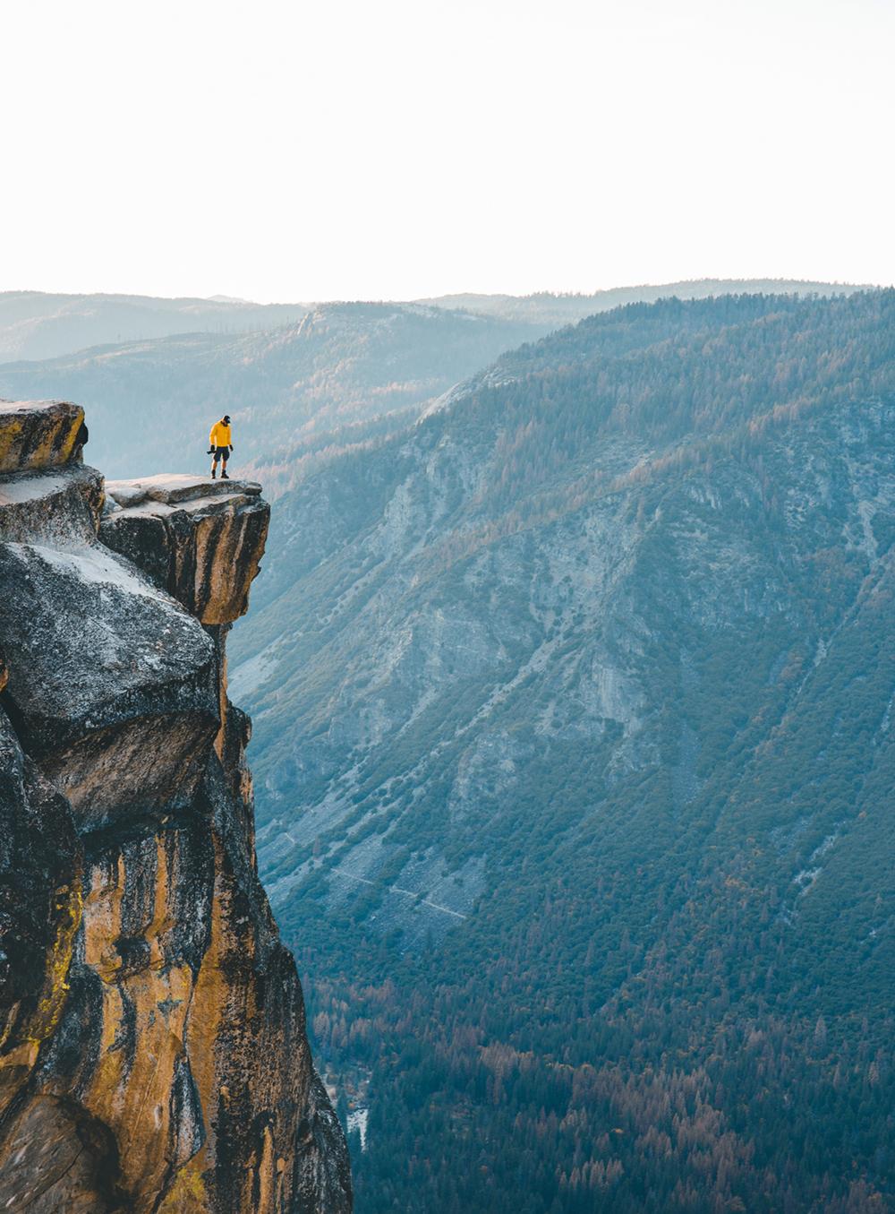 Taft Point, Yosemite National Park, Kalifornien, USA  Photo © 2018 Guerel Sahin / Palatina Media Gbr. All rights reserved. www.guerelsahin.com