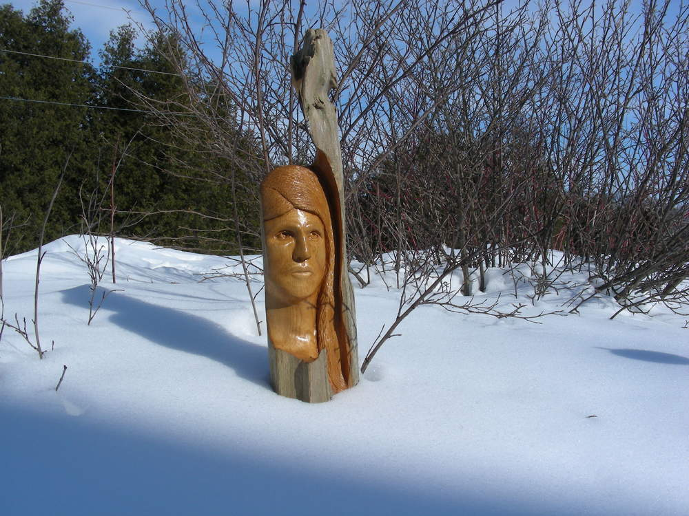 The Contessa Wood Sculpture
