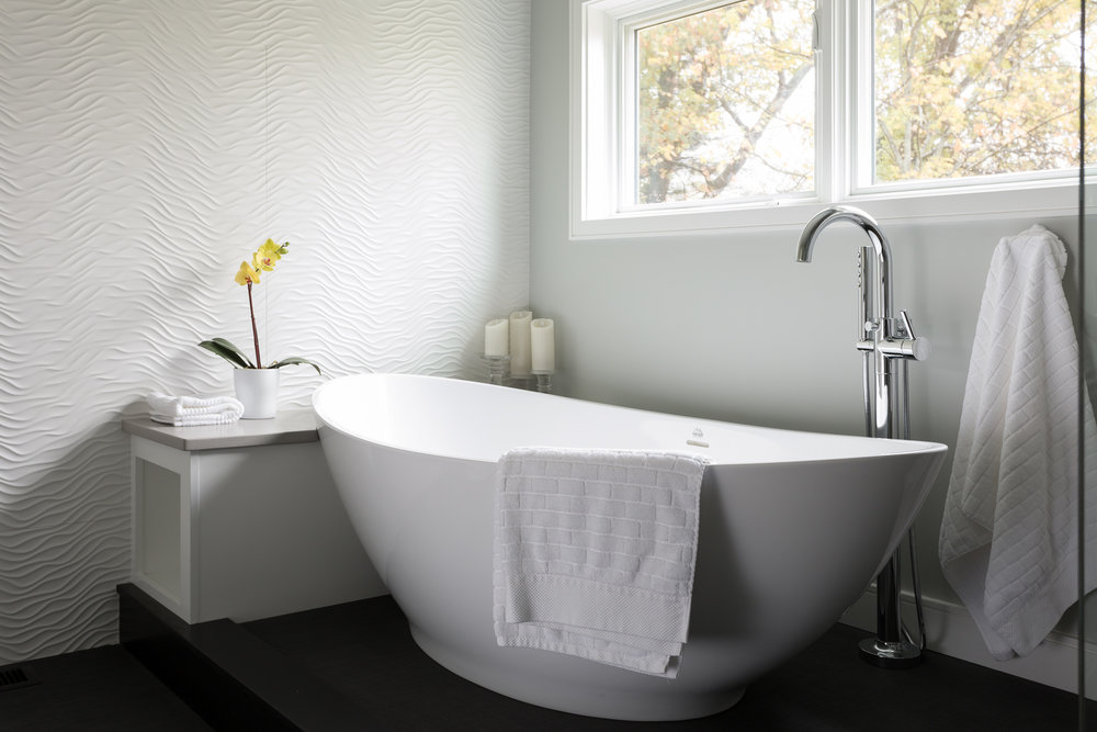 tranquil-peaceful-bathroom-white-monochromatic-andover-ma-howell-custom-build