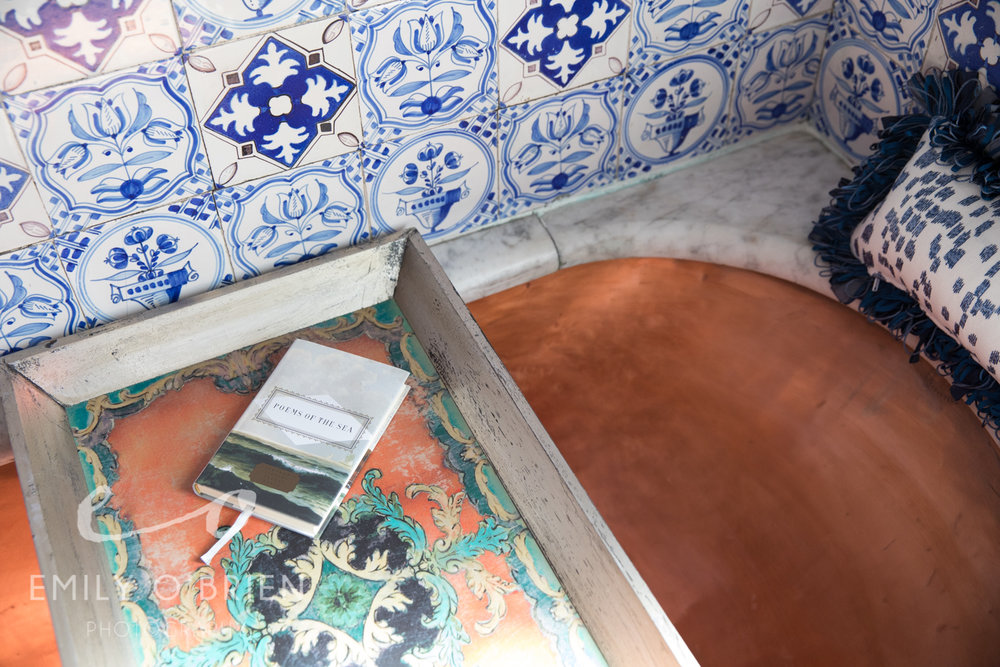 dutch-bathroom-copper-tub-delftware-blue-white.jpg
