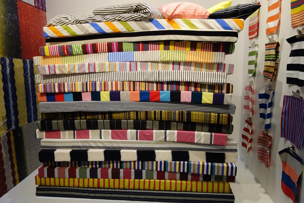 A random stripe tribute exhibition