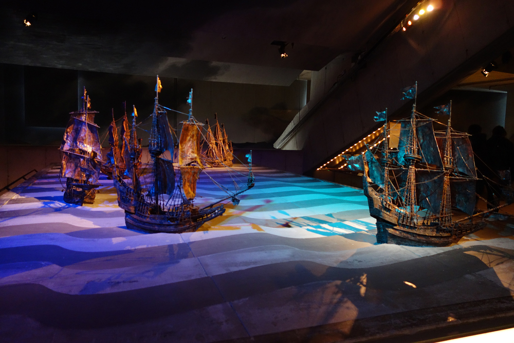 Impressive VASA museum AKA I don't know how to fit the entire ship in my camera.