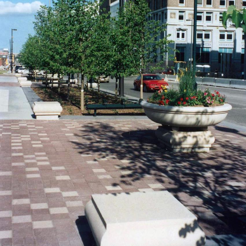 Nebraska: Omaha Downtown Streetscape
