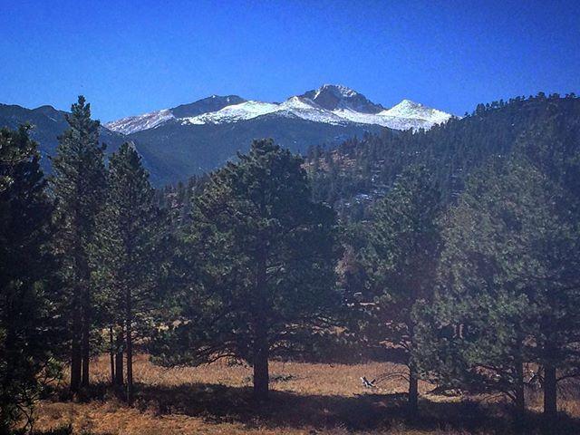 Rocky Mountain National Park  Beautiful adventure with @mijitapo  #rockymountainnationalpark #rockymountains #colorado #nature #outdoors #mountains #trees