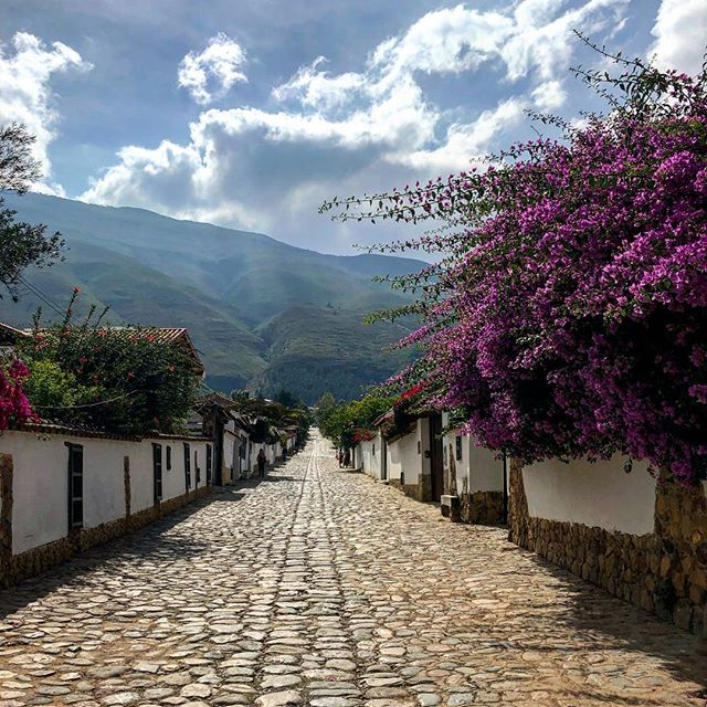 Morning haze in Villa De Leyva  #villadeleyva #colombia #southamerica #cobblestone #street #mountains #andes #blue #sky #clouds #outdoors #hoshtag