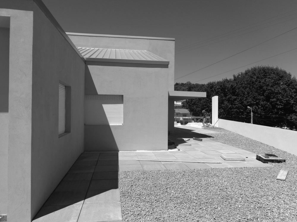 Antero - Construção - Stand - Oficina - BMW - Yamaha - EVA evolutionary architecture - Arquitectos Porto (7).jpg