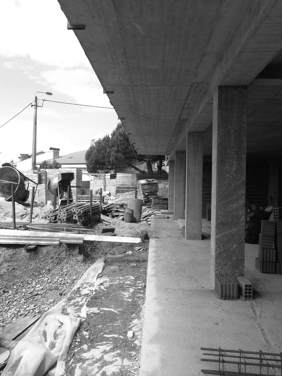 moradia alfazema - arquitectura - em construção - vila nova de gaia - EVA evolutionary architecture - arquitectos porto - projecto (2).jpg