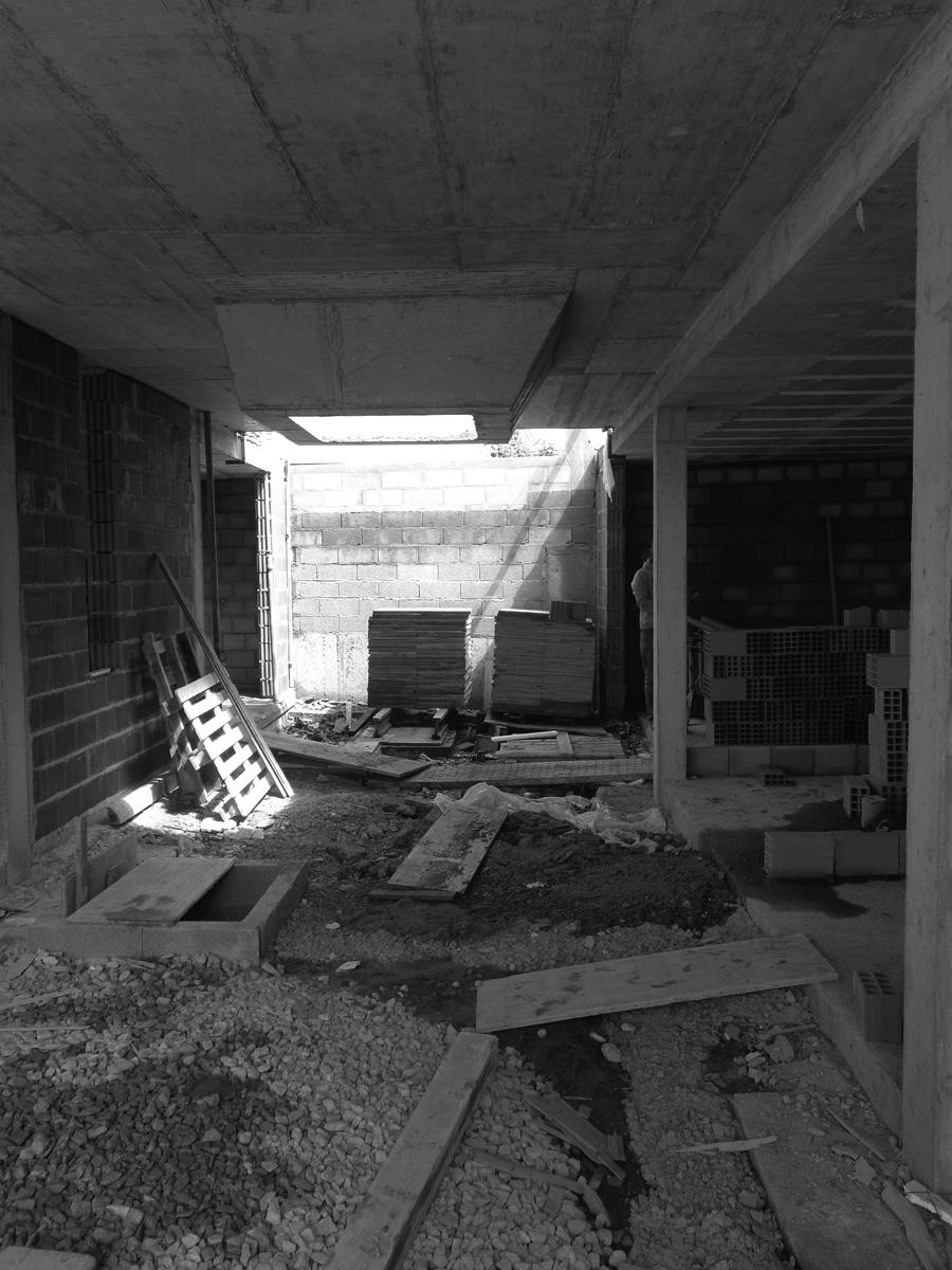 moradia alfazema - arquitectura - em construção - vila nova de gaia - EVA evolutionary architecture - arquitectos porto - projecto (9).jpg