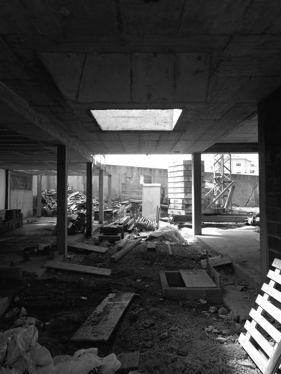 moradia alfazema - arquitectura - em construção - vila nova de gaia - EVA evolutionary architecture - arquitectos porto - projecto (11).jpg