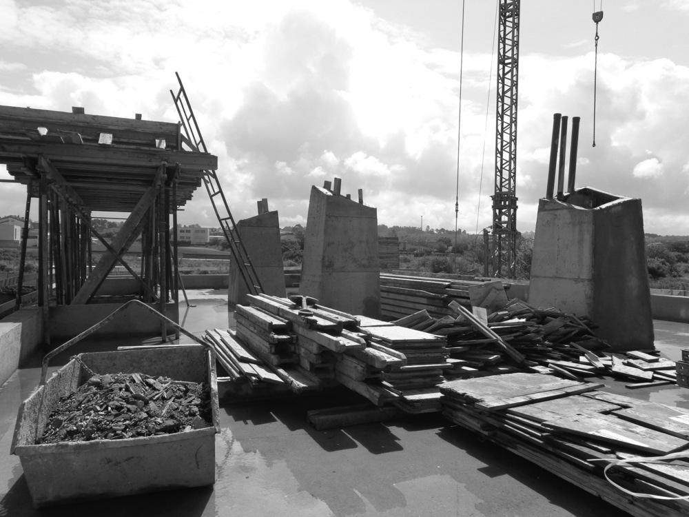 moradia alfazema - arquitectura - em construção - vila nova de gaia - EVA evolutionary architecture - arquitectos porto - projecto (24).jpg