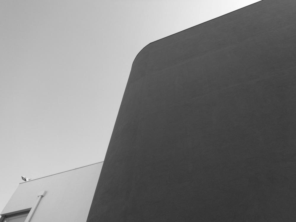 Antero Motos - Construção - Stand - Oficina - BMW - Yamaha - EVA evolutionary architecture - Arquitectos Porto (39).jpg