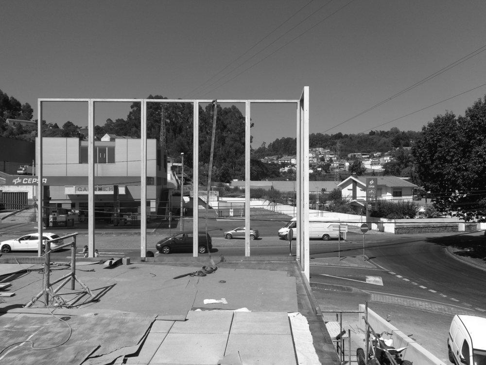Antero Motos - Construção - Stand - Oficina - BMW - Yamaha - EVA evolutionary architecture - Arquitectos Porto (2).jpg