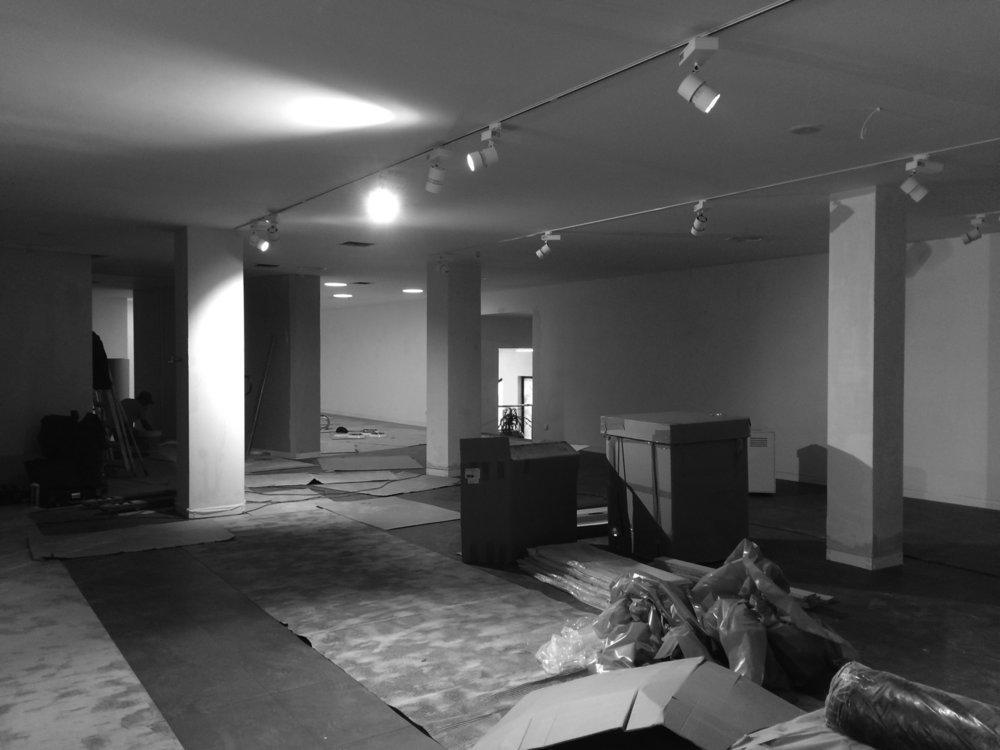 Antero Motos - Construção - Stand - Oficina - BMW - Yamaha - EVA evolutionary architecture - Arquitectos Porto (8).jpg