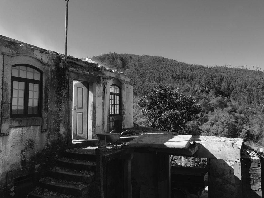 Moradia Folgorosa - Vale de Cambra - EVA atelier - Arquitectura - Obra (4).jpg