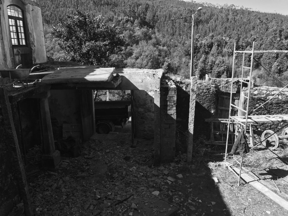 Moradia Folgorosa - Vale de Cambra - EVA atelier - Arquitectura - Obra (7).jpg