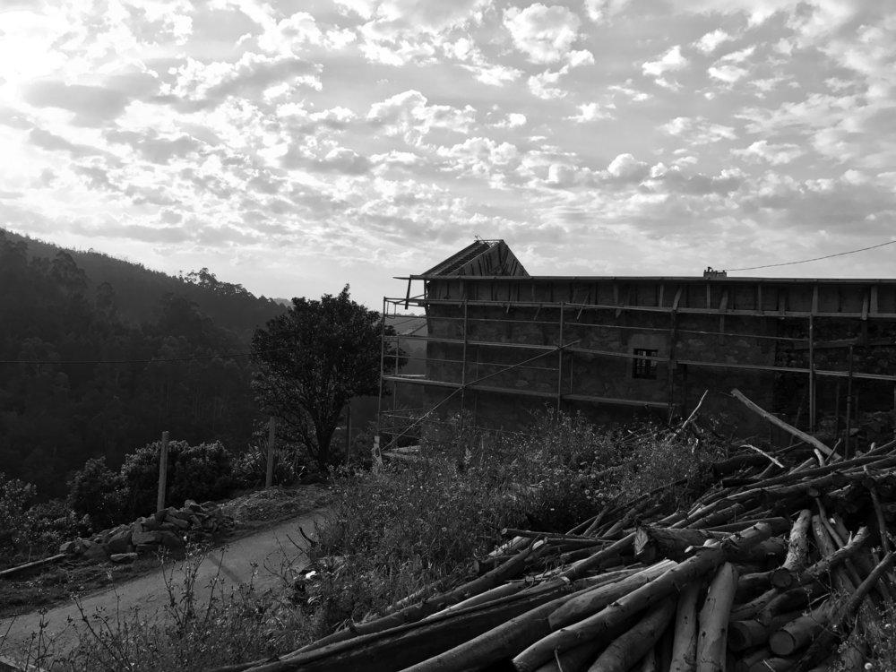 Moradia Folgorosa - Vale de Cambra - EVA atelier - Arquitectura - Obra - Arquitecto - Porto - EVA evolutionary architecture (12).jpg