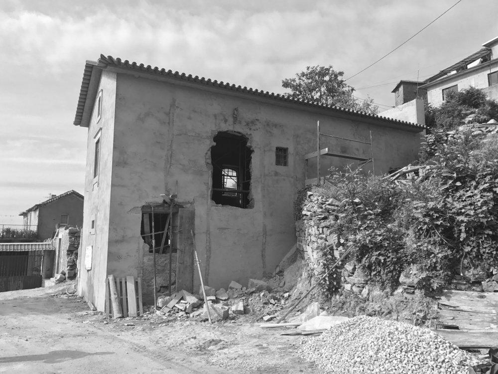 Moradia Folgorosa - Vale de Cambra - EVA atelier - Arquitectura - Obra - Arquitecto - Porto - EVA evolutionary architecture (1).jpg