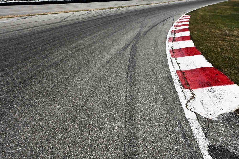 Race-track1.jpg
