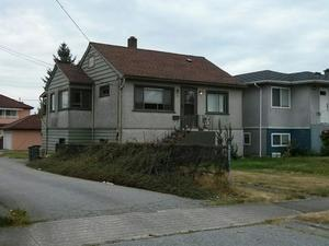 SOLD   $988,000-  3 Beds, 1 Bath, 1500 Sq ft    76 E. 55th Ave Vancouver, B.C.  33x114 lot, $1600/mo rental revenue.