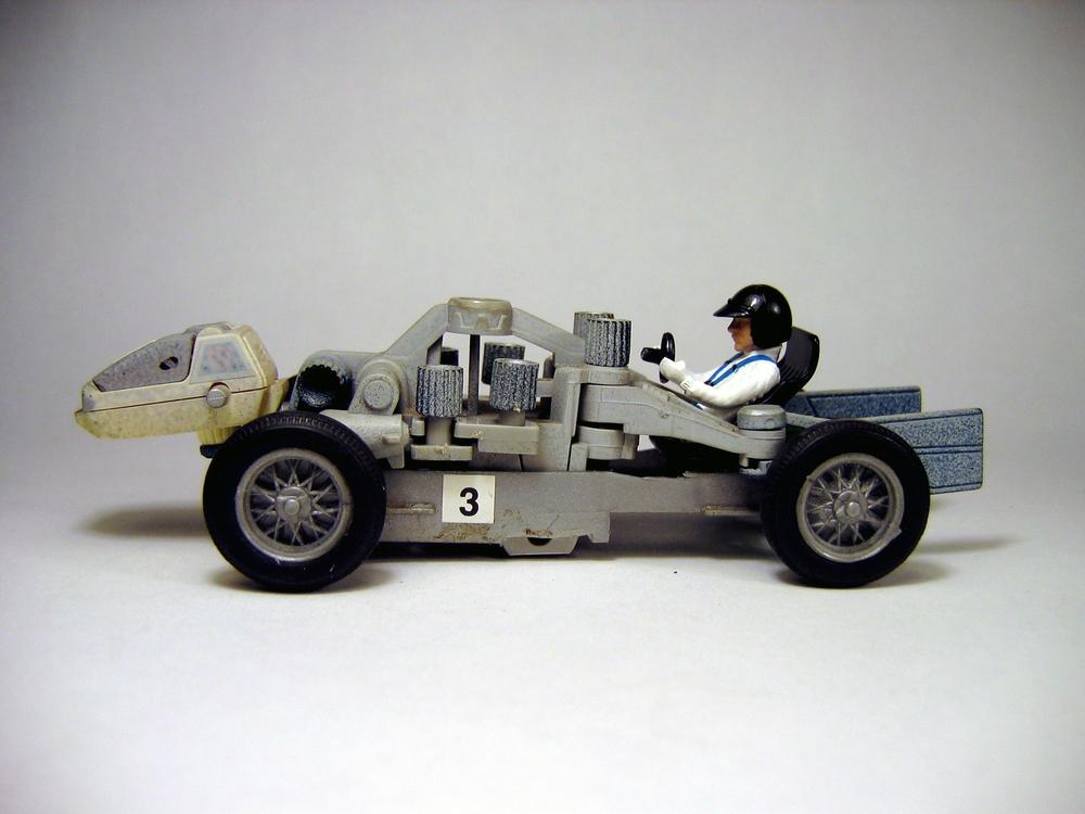 HYBRID CAR 18.JPG