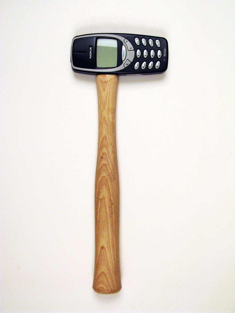 Modern Hammer Old Nokia.jpg