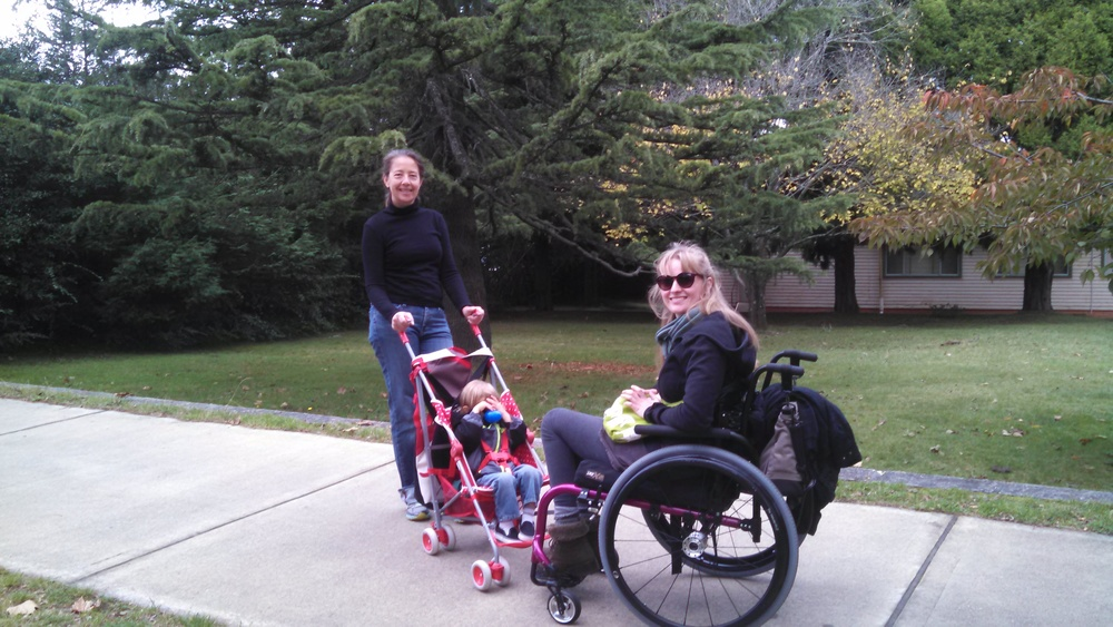 Noah, Claudie, Bryan and I walking through the hilly neighborhoods to downtown Leura.