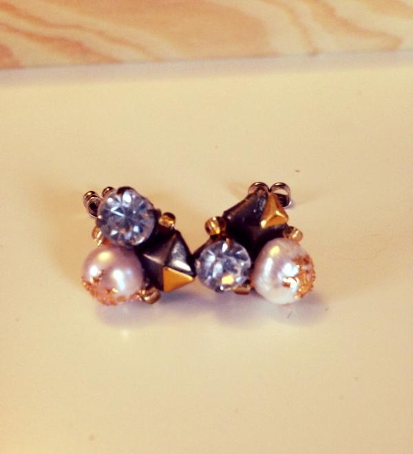 gold sprinkled pearl cluster studs.jpg