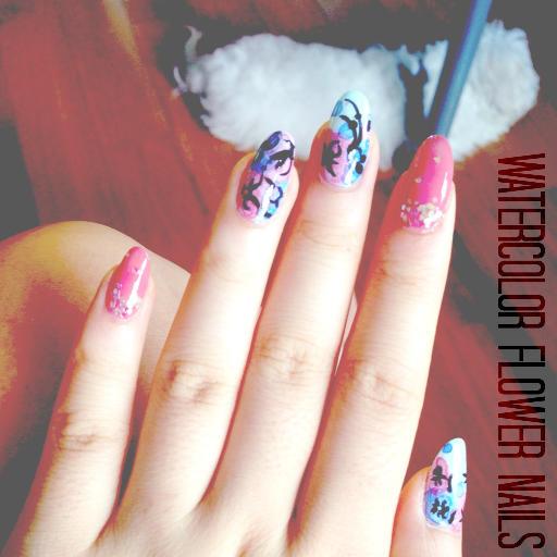 Watercolor Flower Nails 1.jpg